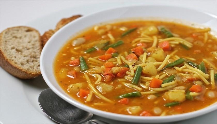 Суп с соусом писту