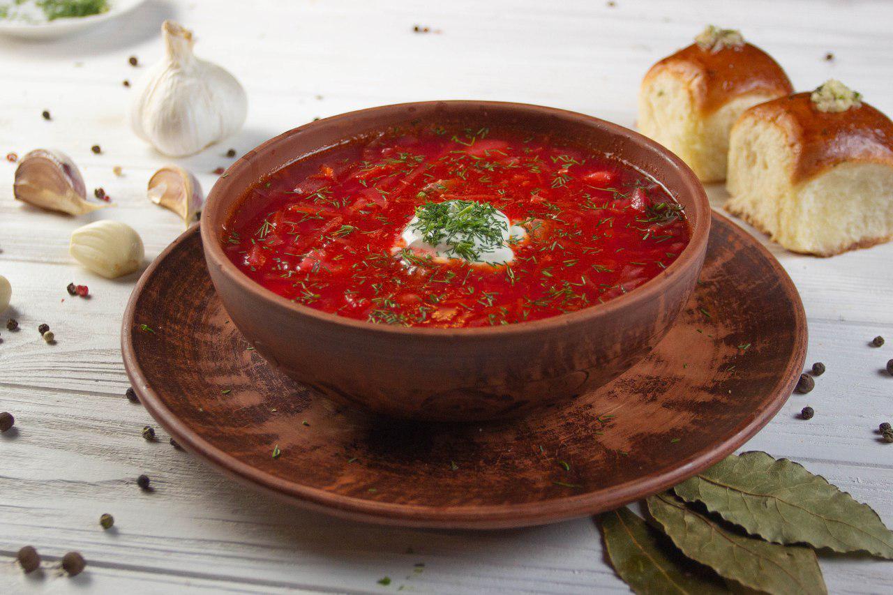 Блюда со свеклой - украинский борщ