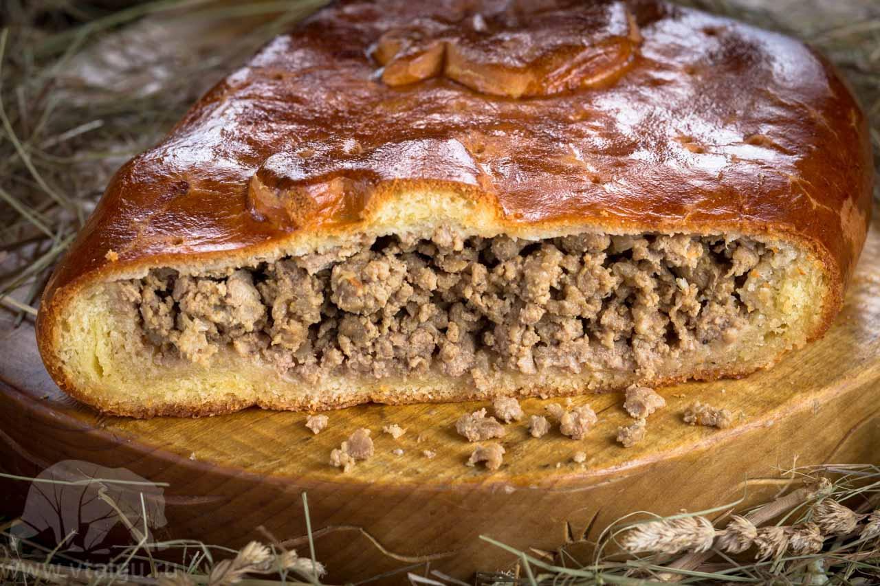 Кулебяка с печенью и гречневой кашей