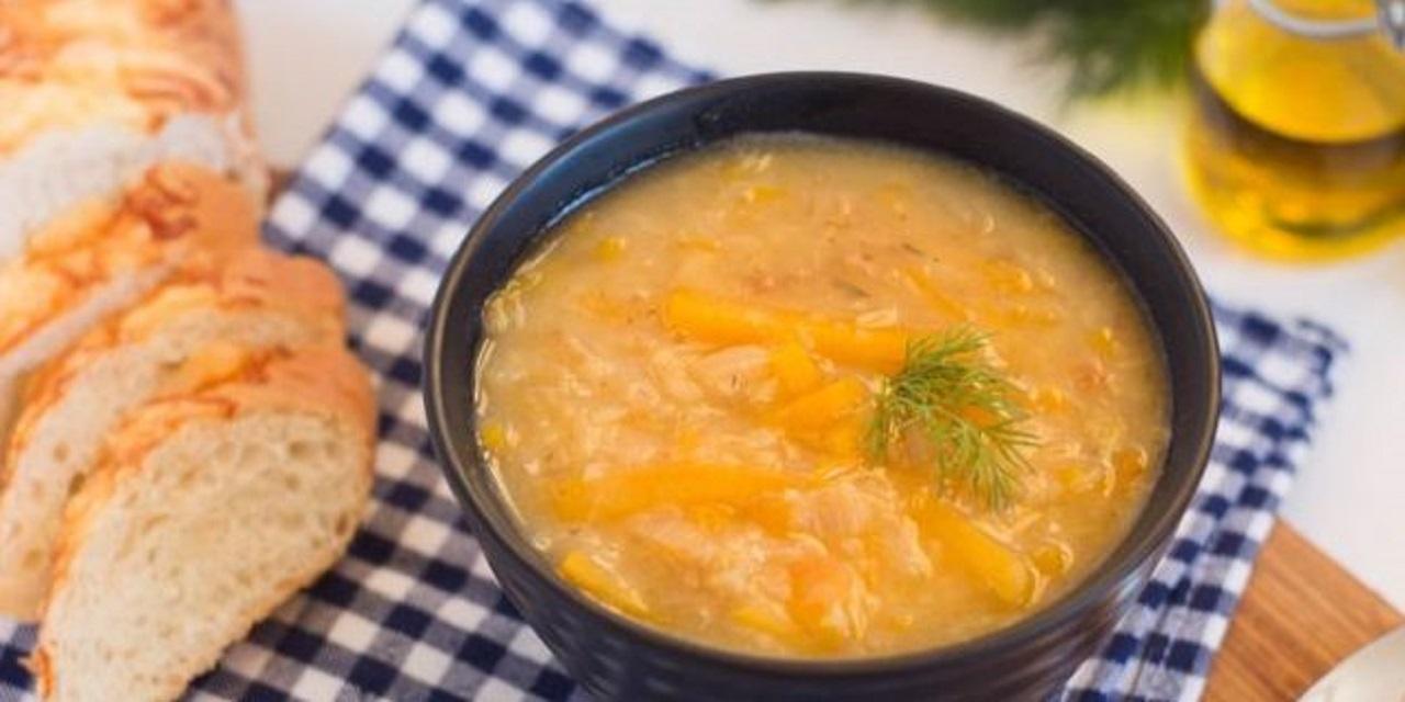 Густой постный суп с чечевицей и тыквой