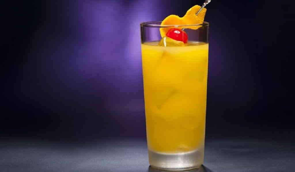 Алкогольный коктейль «Харви Волбенгер»