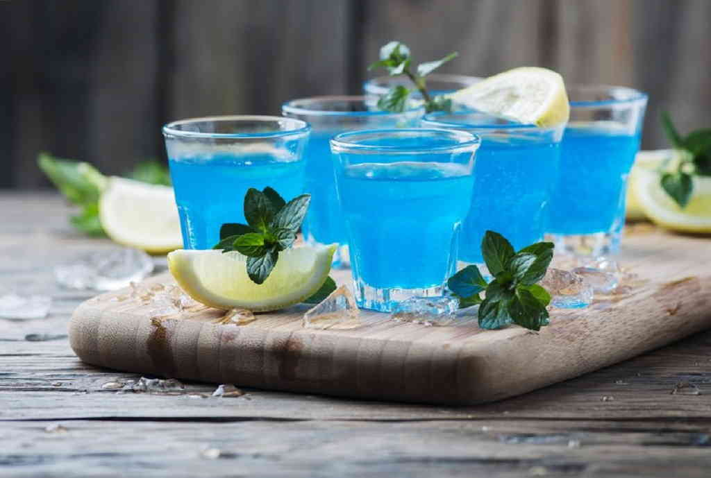 Алкогольный коктейль «Камикадзе»