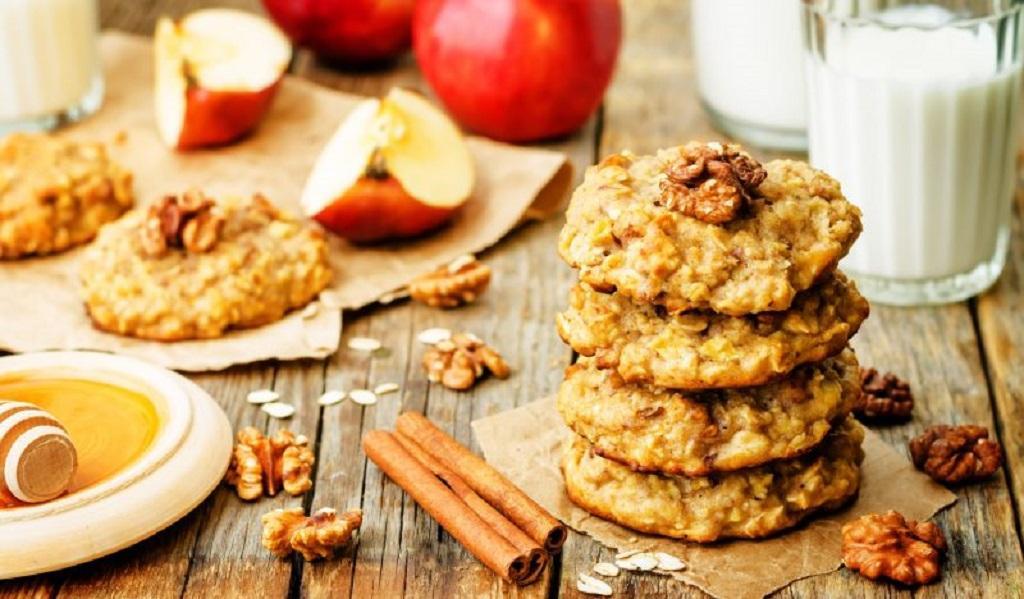 Овсяное печенье с яблоком и цельнозерновой мукой