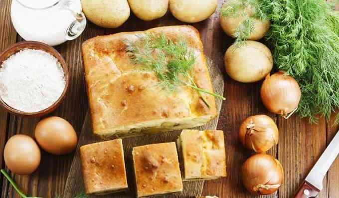 Заливной пирог с картошкой и рыбой