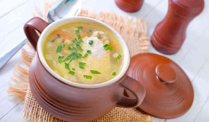 Куриный суп в горшочках