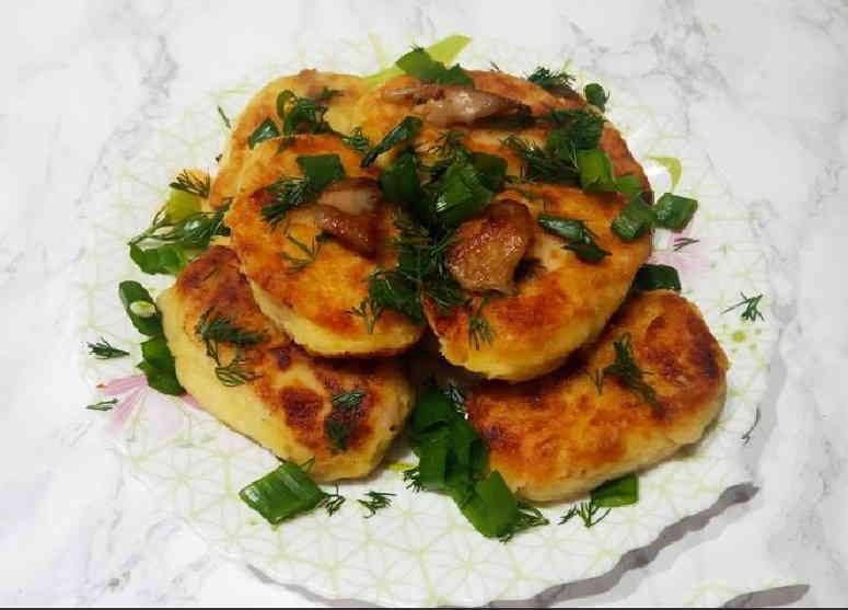 Рецепт картофельных биточков с шампиньонами