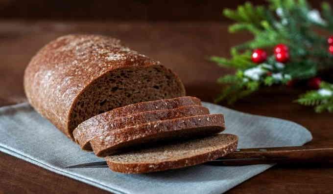 Ржаной домашний хлеб с тмином в духовке