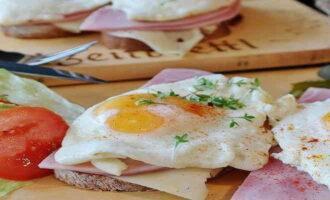 Три завтрака на основе яиц